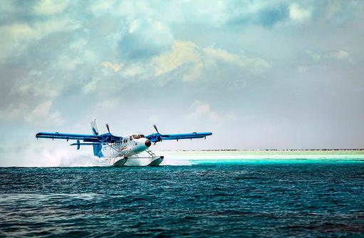 Ankunft Wasserflugzeug, COMO Maalifushi, Maldives