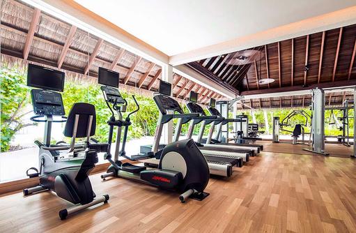 Gym mit Sportgeräten, COMO Maalifushi, Maldives