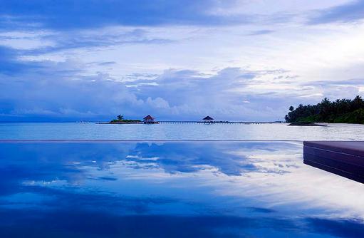 Pool und Meer, COMO Maalifushi, Maldives