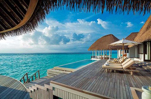 Terrasse mit Pool, Como Villa, COMO Maalifushi, Maldives