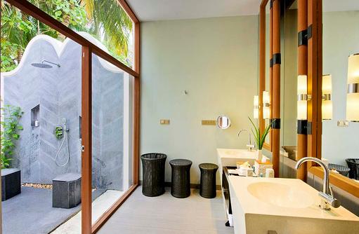 Beach Villa, Badezimmer, Open Air Dusche, Conrad Maldives Rangali Island, Maldives