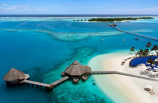 Blick auf Ithaa Undersea Restaurant und Sunset Grill Restaurant, Conrad Maldives Rangali Island, Maldives