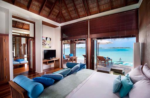 Premier Water Villa, Schlafzimmer, Conrad Maldives Rangali Island, Maldives