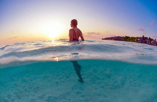 Lifestyle, Über Wasser Unter Wasser Bild, Conrad Maldives Rangali Island, Maldives