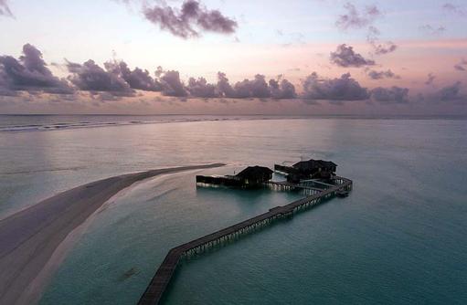 Sunset Water Villa, Sonnenuntergang, Sandbank, Conrad Maldives Rangali Island, Maldives