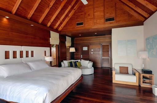 Water Villa, Schlafzimmer, Conrad Maldives Rangali Island, Maldives