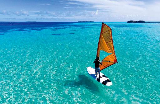 Wassersport, Windsurfen, Constance Moofushi Resort, Malediven