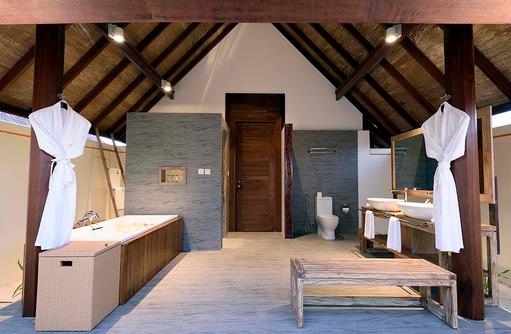 Badezimmer der Semiwater Villa, Dhigufaru Island Resort