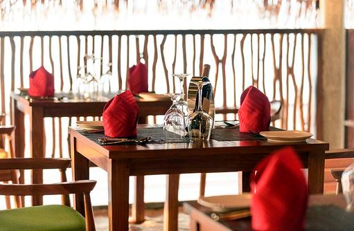 Gedeckter Tisch im Dhandifulhu Restaurant, Dhigufaru Island Resort