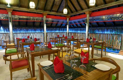 Dhandifulhu Restaurant, Dhigufaru Island Resort