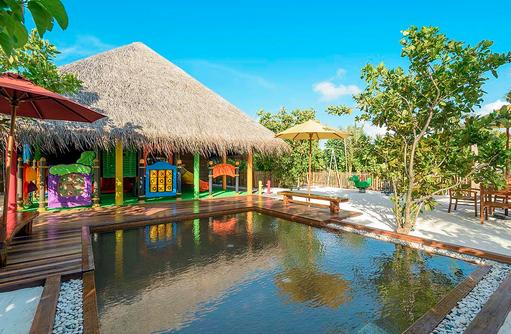 Aussenbereich im Braveli Kids Club, Dhigufaru Island Resort