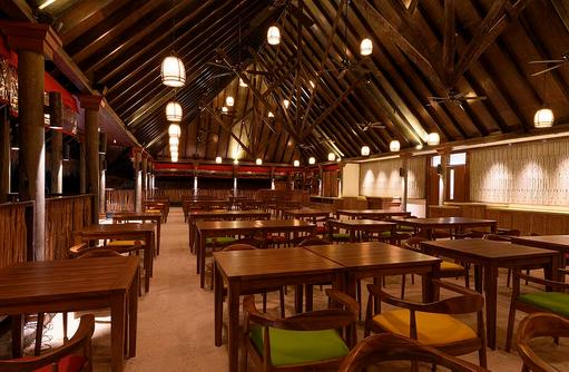 Abendstimmung im Dhandifulhu Restaurant, Dhigufaru Island Resort