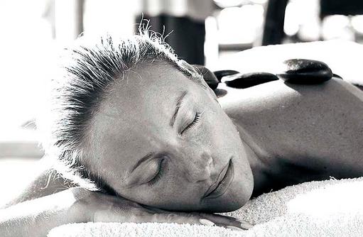 Serena Spa, Hot Stone Massage, Relax, Diamonds Athuruga Beach & Water Villas, Maldives