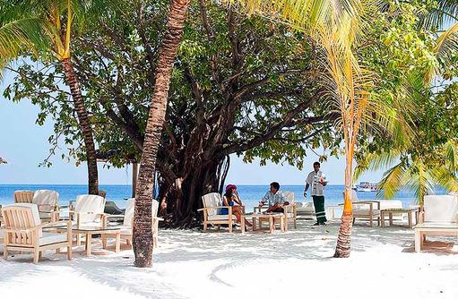 Boli Beach Bar, Lounge am Strand, Diamonds Athuruga Beach & Water Villas, Maldives