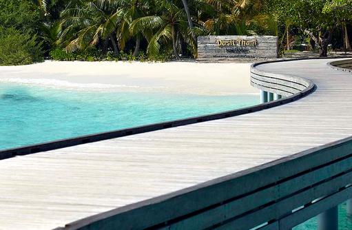 Arrival Jetty, Herzlich Willkommen, Dusit Thani Maldives