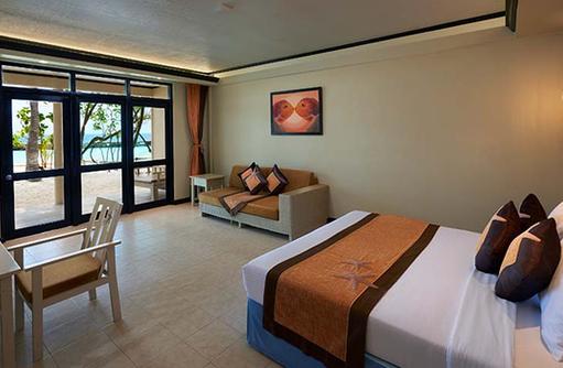 Superior Room, Ellaidhoo Maldives by Cinnamon