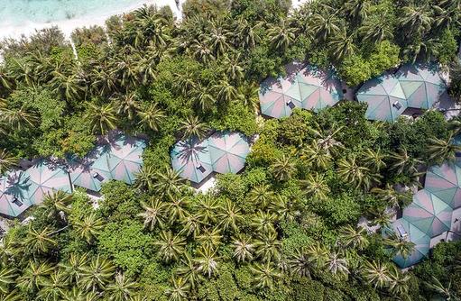 Gardenbungalows mit Superior Zimmern von oben, Embudu Village, Maldives