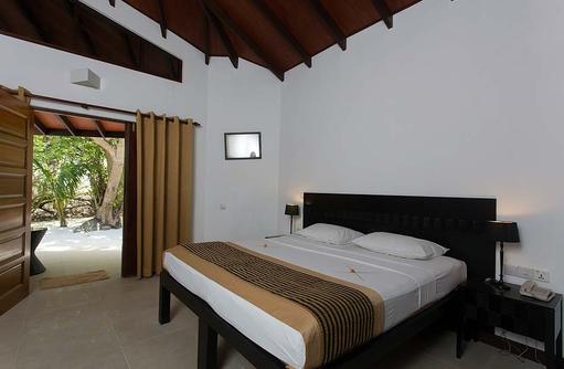 Standard Room, Embudu Village, Maldives