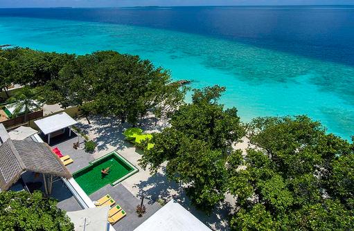 Blick von oben auf die Royal Beach Villa, Emerald Maldives