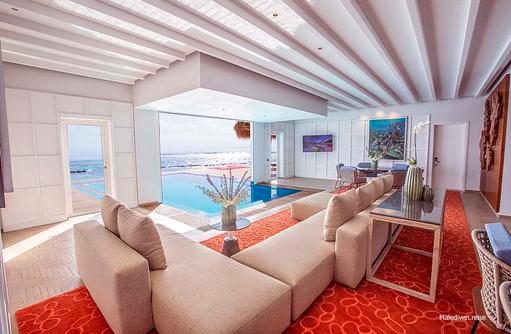 Wohnbereich mit Pool, Presidential Wasservilla, Emerald Maldives