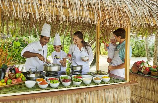 Cooking Class, Fairmont Maldives Sirru Fen Fushi