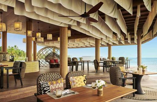 Seating Kata Restaurant, Fairmont Maldives Sirru Fen Fushi