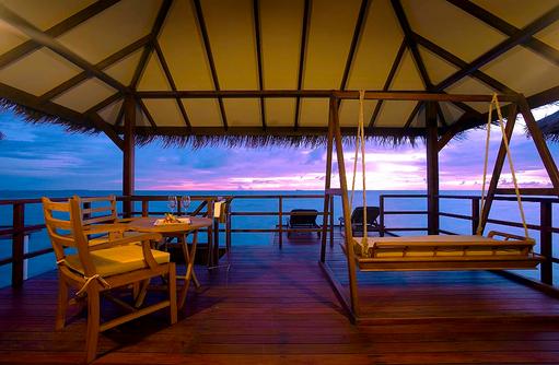 Sonnendeck, Wasser Villa, Filitheyo Island, Malediven