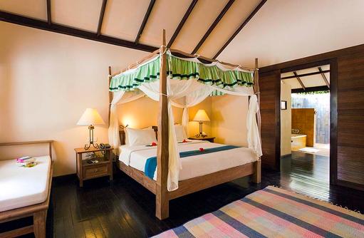 Schlafzimmer, Deluxe Villa, Filitheyo Island, Malediven