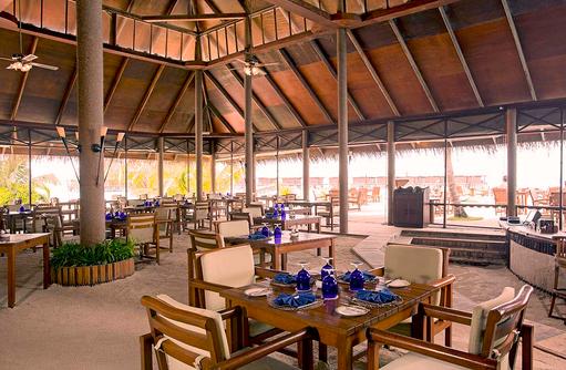 Hauptrestaurant, Main Restaurant, Lunch, Filitheyo Island, Malediven