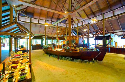 Buffet im Hauptrestaurant, Main Restaurant, Filitheyo Island, Malediven