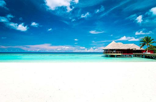 Blick auf das Restaurant Kanusan, Finolhu, Malediven