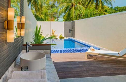 Bathroom and Pool, Fiyavalhu Maldives