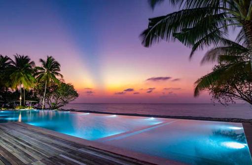 Sunset Pool, Fiyavalhu Maldives