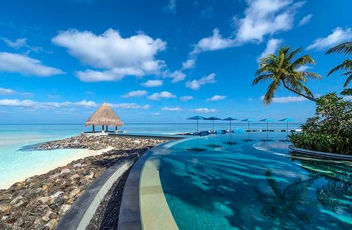 Serenity Pool, Adults Only, Four Seasons Resort Maldives at Kuda Huraa