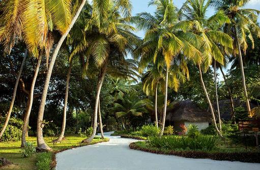 Weg durch die Insel, Furaveri Island Resort & SPA, Maldives