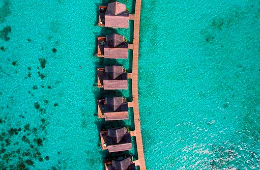 Vogelperspektive Wasservillen, Furaveri Island Resort & SPA, Maldives
