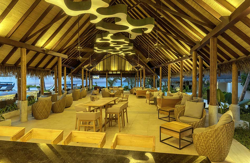 Fanihandhi Bar, Innen, Fushifaru Maldives