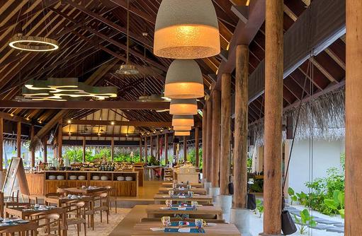 Korakali Buffetrestaurant, Barfuß geniessen, Fushifaru Maldives