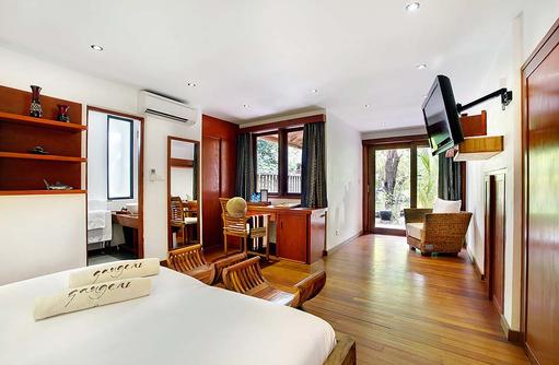 Club Room, Schlaf- und Wohnraum, Gangehi Island Resort, Maldives