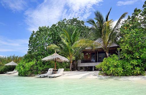 Beach Villa, privater Strand, Meer, Gangehi Island Resort, Maldives