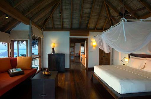 Schlafzimmer einer Villa Suite, Gili Lankanfushi, Maldives