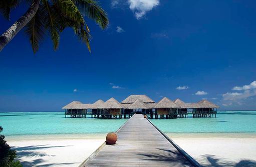 Steg zum Meera Spa, Gili Lankanfushi, Maldives