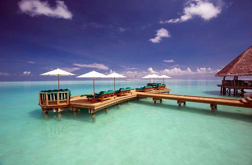 Overwater Bar, Sonnendeck, Cocktail auf dem Meer, Gili Lankanfushi, Maldives