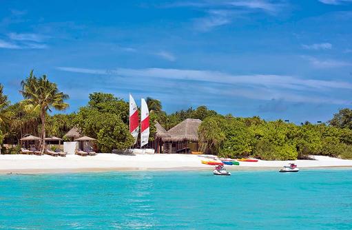Wassersport Center mit Equipment, Hideaway Beach Resort & SPA, Maldives