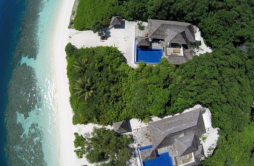 Vogelperspektive auf die Family Villa, Hideaway Beach Resort & SPA, Maldives
