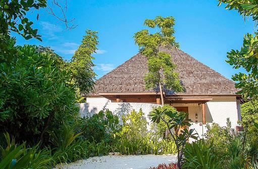 Weg zur Beach Residence Plunge Pool, Hideaway Beach Resort & SPA, Maldives