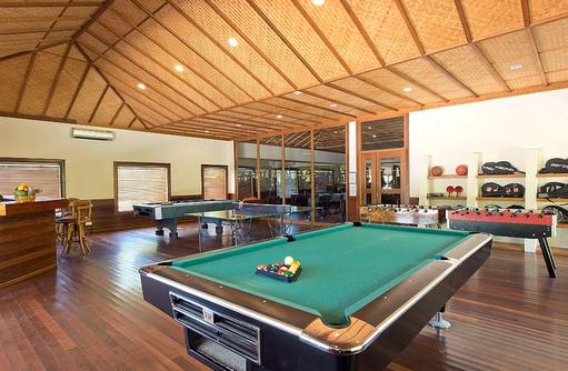 Recreation Center mit Billardtisch, Hideaway Beach Resort & SPA, Maldives