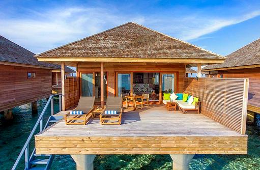 Terrasse von außen der Ocean Villa, Hurawalhi Island Resort, Maldives