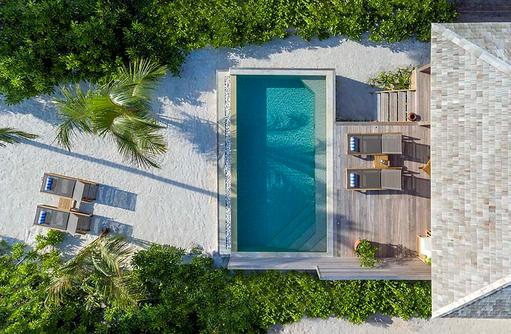 Vogelperspektive Beach Pool Villa, Hurawalhi Island Resort, Maldives