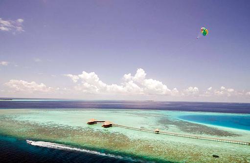 Paragliding, Huvafen Fushi Maldives